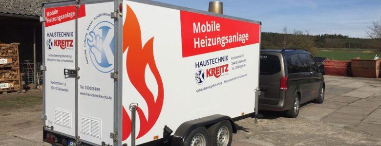 Bild: Mobile Heizzentrale hinter einen Mercedes-Benz Van Vito gehängt